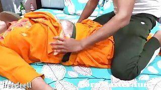Kaamwali aunty ki kari malik ke ladke ne chudai from indian moti ...