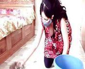 Kannada girl with big boobs is cleaning her home from kannada iroin priyamani sex potoww tamann
