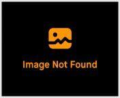 VENEZUELAN MODEL tricked into photo shoot from rasi boobs photos